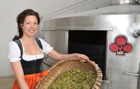 Die frühere bayerische Bierkönigin Maria Krieger schaffte den Sprung in den Kreistag.