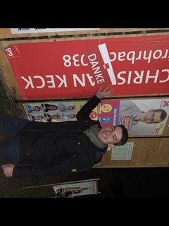 Der größte Dank gilt den Wählern: Christian Keck (SPD) ist bereits am Wahlabend in der Gemeinde Rohrbach unterwegs, um